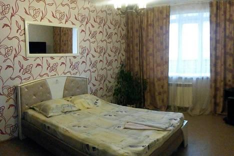 Сдается 1-комнатная квартира посуточно в Набережных Челнах, Набережночелнинский проспект, 49.