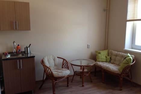 Сдается 1-комнатная квартира посуточнов Миассе, Колесова 1.