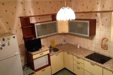 Сдается 3-комнатная квартира посуточно в Перми, Екатерининская 165.