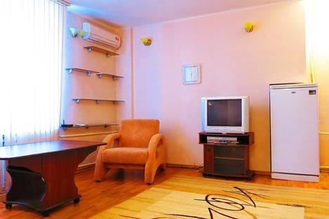 Сдается 1-комнатная квартира посуточнов Омске, проспект Карла Маркса 71.