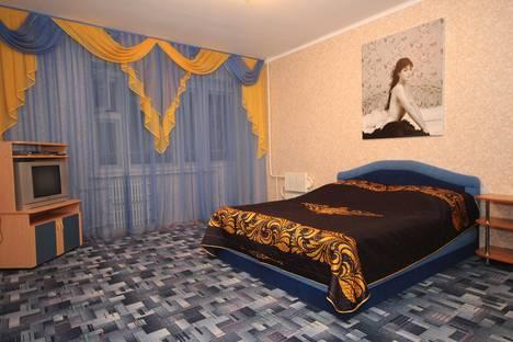 Сдается 2-комнатная квартира посуточно, ул. Владимира Невского, 36а.
