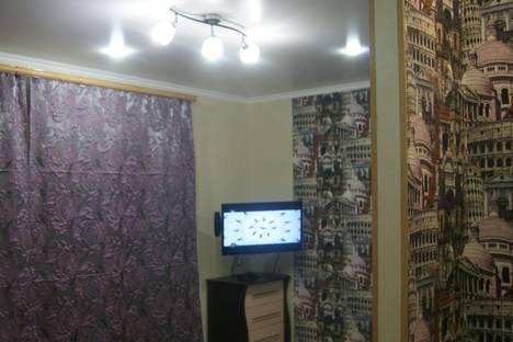 Сдается 1-комнатная квартира посуточно в Тобольске, 9 мкр, 16а.