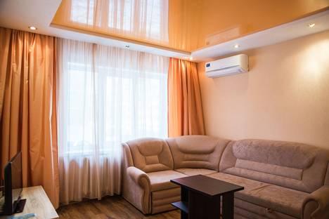 Сдается 2-комнатная квартира посуточно в Ухте, ул. Чибьюская, 9.