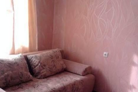 Сдается комната посуточнов Кирове, ул. Карла Либкнехта, 84.