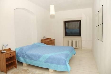 Сдается 2-комнатная квартира посуточнов Санкт-Петербурге, ул. Итальянская, 1.
