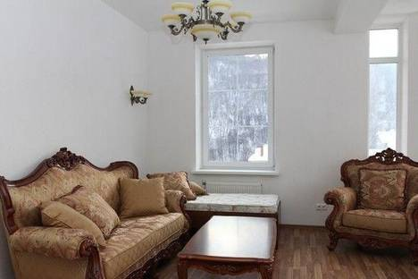 Сдается 1-комнатная квартира посуточно в Красной Поляне, пер. Фундучный, 12.