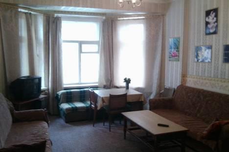 Сдается 1-комнатная квартира посуточно, Воровсокго 57.