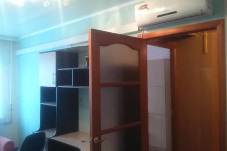 Сдается 2-комнатная квартира посуточно в Балакове, ул. Шевченко, 108.