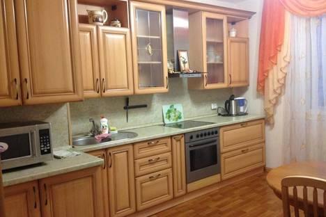 Сдается 3-комнатная квартира посуточно в Ульяновске, Ульяновский проспект, 18.