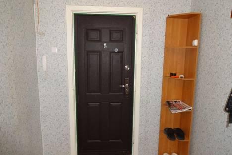 Сдается 2-комнатная квартира посуточно в Костроме, ул. Профсоюзная, 18.