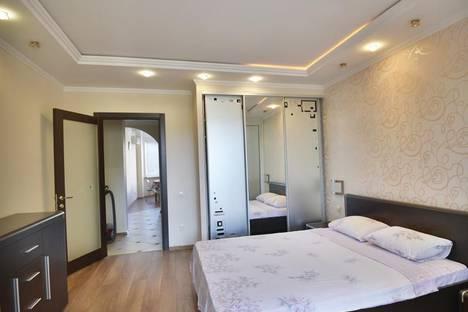 Сдается 3-комнатная квартира посуточнов Приморском, ул. Коробкова, 14а.