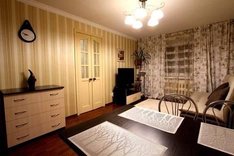 Сдается 2-комнатная квартира посуточно в Алматы, Наурызбай батыра (бывш. ул. Дзержинского), 82.