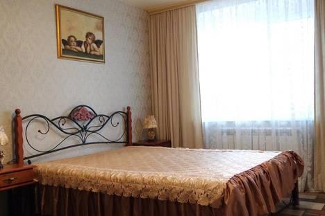 Сдается 2-комнатная квартира посуточнов Дивееве, Строителей 1а.