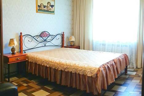 Сдается 2-комнатная квартира посуточно в Дивееве, Строителей 1а.