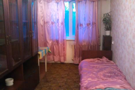 Сдается 3-комнатная квартира посуточно в Новокузнецке, ул. Циолковского, 4.