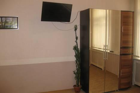Сдается 1-комнатная квартира посуточнов Пскове, Октябрьский проспект, 18.