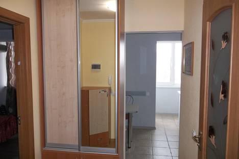 Сдается 1-комнатная квартира посуточно в Черкассах, ул. Парижской Коммуны, 37.