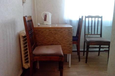 Сдается 2-комнатная квартира посуточнов Верхней Салде, ул. Ленина, 5.
