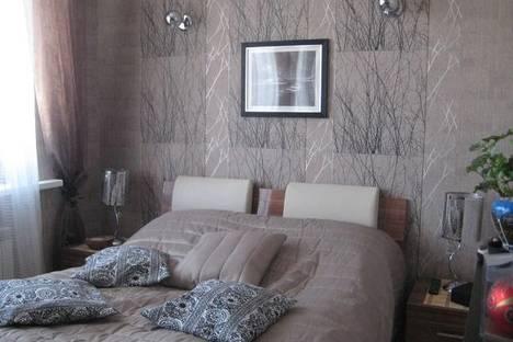 Сдается 1-комнатная квартира посуточно в Дзержинске, ул. Урицкого, 16.