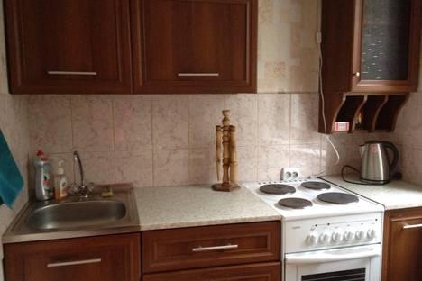 Сдается 1-комнатная квартира посуточнов Ленинске-Кузнецком, проспект Кирова, 81.