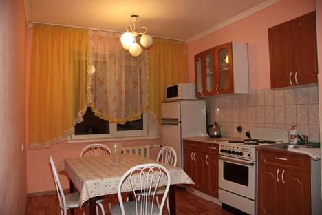 Сдается 3-комнатная квартира посуточно в Белокурихе, ул. Братьев Ждановых, 3.