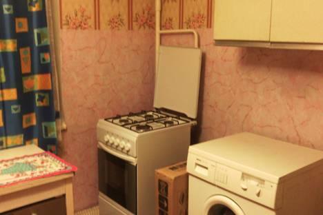 Сдается 1-комнатная квартира посуточно в Дмитрове, ул. Космонавтов, 29.