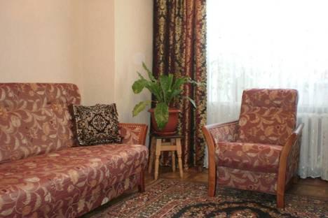 Сдается 2-комнатная квартира посуточнов Новом Свете, Бирюзова,2А.