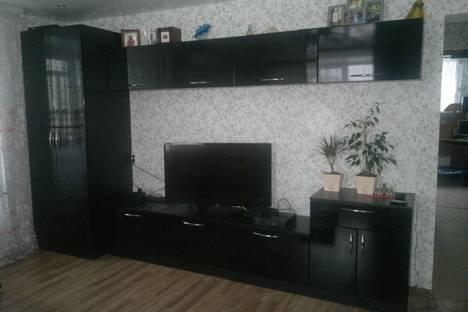 Сдается 3-комнатная квартира посуточно в Серове, ул. Заславского, 26.