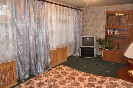Сдается 1-комнатная квартира посуточно в Зеленой поляне, Магнитогорск, ул.Труда 19.