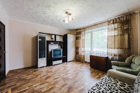 Сдается 1-комнатная квартира посуточно в Чите, Угданская ул., 8.