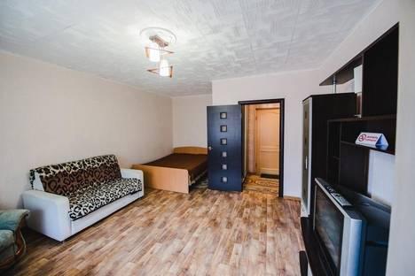 Сдается 1-комнатная квартира посуточнов Чите, Угданская ул., 8.