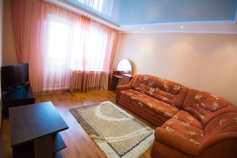 Сдается 2-комнатная квартира посуточно в Ухте, Ленина 36а.