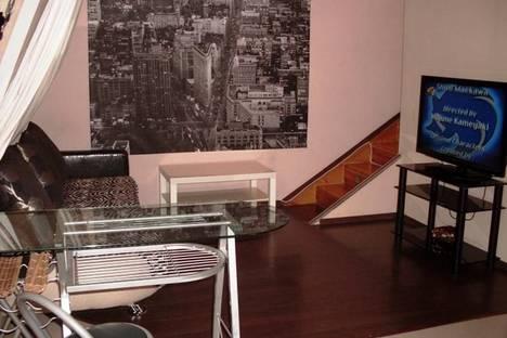 Сдается 1-комнатная квартира посуточно в Сочи, ул. Конституции СССР, 10.