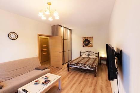 Сдается 1-комнатная квартира посуточно в Петрозаводске, ул. Фридриха Энгельса, 11.