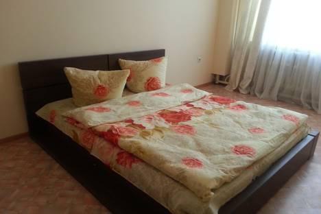 Сдается 1-комнатная квартира посуточнов Якутске, ул. Можайского,  21/2 и еще 2 кв.