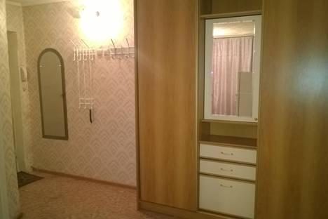 Сдается 2-комнатная квартира посуточно в Белогорске, ул. Победы,24.