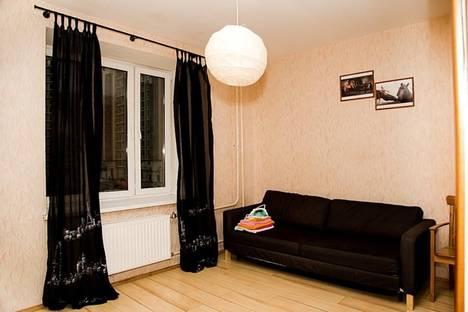 Сдается 1-комнатная квартира посуточнов Санкт-Петербурге, Пулковская, 8 к.4.