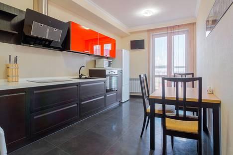 Сдается 1-комнатная квартира посуточнов Азове, ул. 1-я линия, 11.