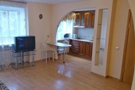 Сдается 1-комнатная квартира посуточнов Глазове, ул. Кирова, 63Б.