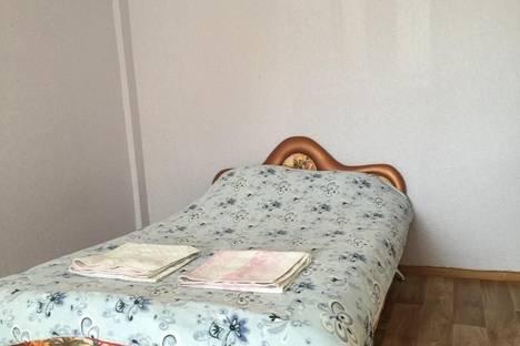 Сдается 1-комнатная квартира посуточнов Ангарске, 8 микрорайон, 10 дом.
