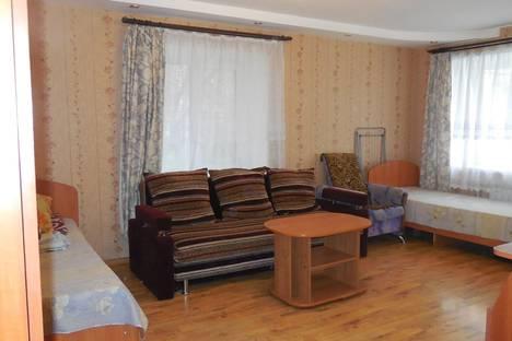 Сдается 1-комнатная квартира посуточнов Йошкар-Оле, ул. Машиностроителей, 12.