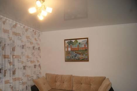 Сдается 1-комнатная квартира посуточно в Тобольске, 9мкр, 22а.