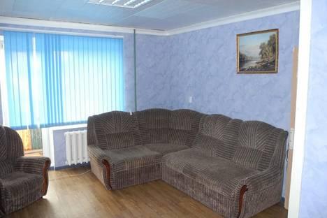 Сдается 1-комнатная квартира посуточнов Омске, ул. Серова, 22.