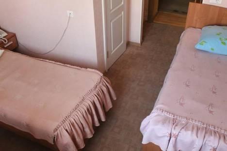 Сдается 1-комнатная квартира посуточно в Первоуральске, улица Ватутина, 13.