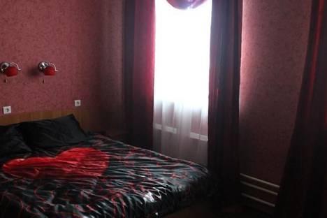 Сдается 1-комнатная квартира посуточно в Первоуральске, Ватутина, 13.