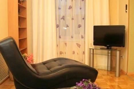 Сдается 1-комнатная квартира посуточнов Екатеринбурге, Толмачева,25.