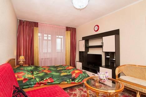 Сдается 1-комнатная квартира посуточнов Екатеринбурге, Ул. Ленина,53 (Мамина-Сибиряка, 137).