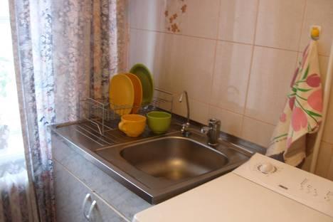 Сдается 1-комнатная квартира посуточнов Санкт-Петербурге, ул. Алтайская, 23.