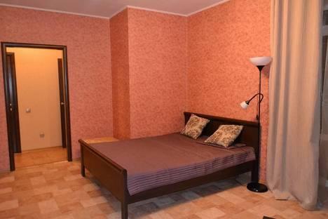 Сдается 1-комнатная квартира посуточнов Екатеринбурге, ул. Шаумяна, 98/1.