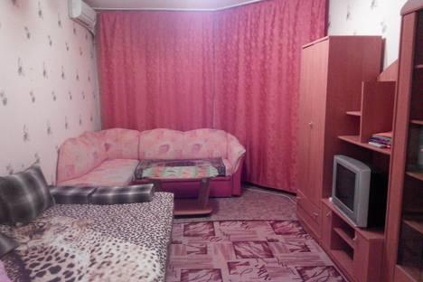 Сдается 1-комнатная квартира посуточнов Мегионе, львовская 4 а.